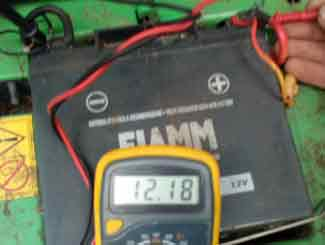 battery volt check