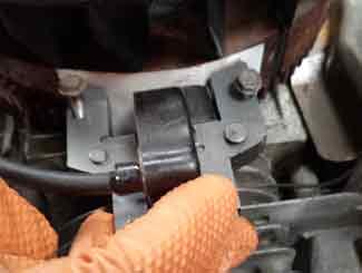 Ride-on mower carburetor seal