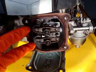Mower Engine Valve Adjustment | Lawnmowerfixed  com