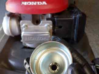Honda mower gas bowl