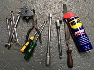 Ride-on mower engine tune-up tools