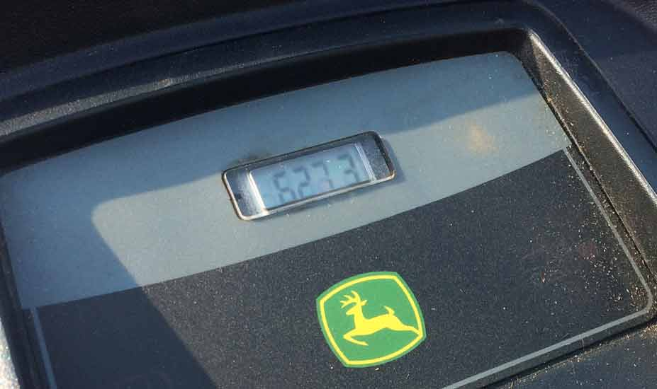Ride-on mower hour counter